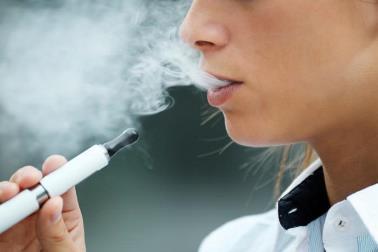 Ist das Dampfen eine Einstiegsdroge zum Rauchen